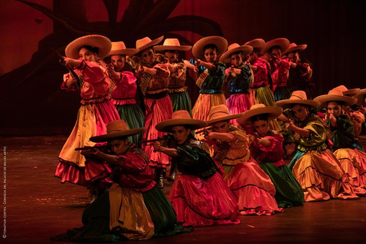 Ballet Amalia 85